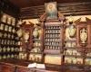 la-farmacia_ Arturo di Vita.jpg