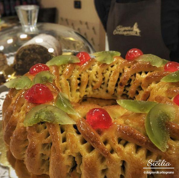 Dolci Siciliani Di Natale.Tipico Dolce Del Natale Siciliano Il Buccellato