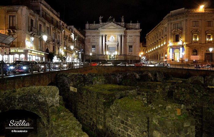 Catania_piazza_stesicoro_Rossolavico