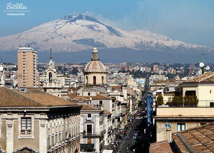 Catania_via Etnea_antonio violi_